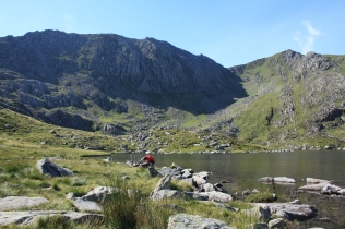 Cwn Bochlwyd, on the route up Tryfan's south ridge